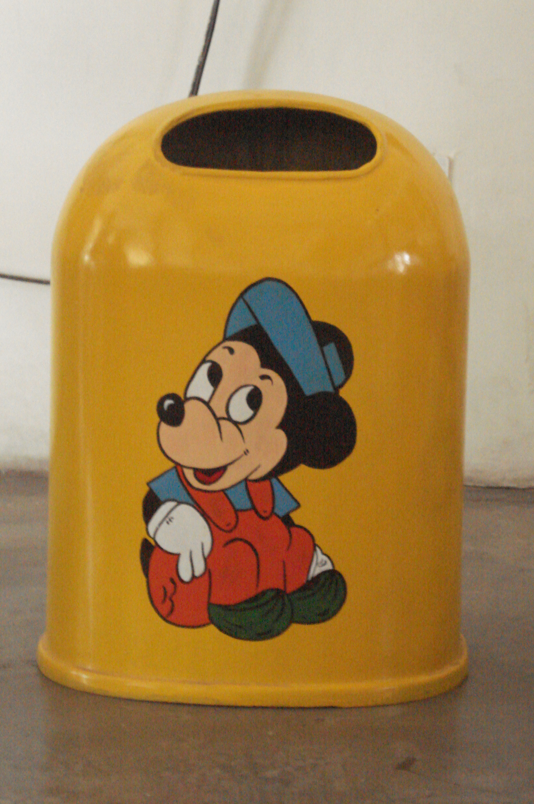MICKEY MOUSE DUSTBIN