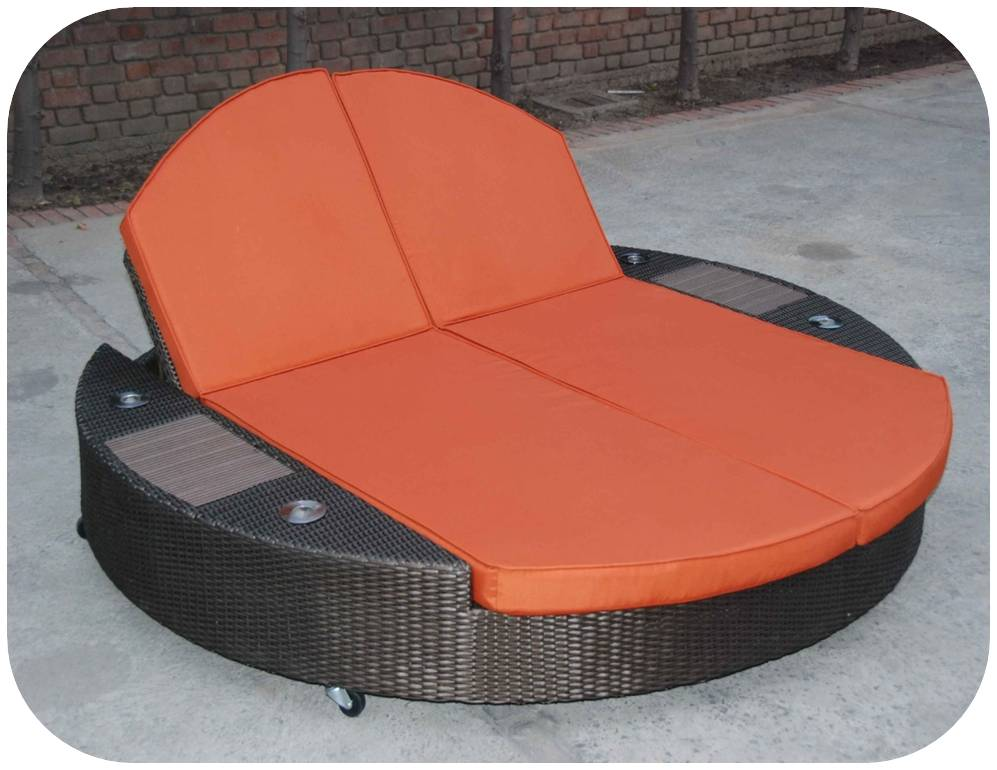 out door lounger