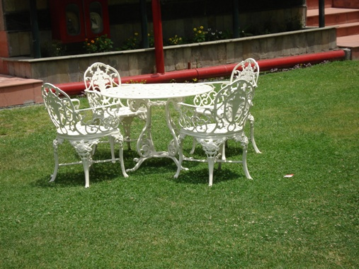 bouquet chair set with hig