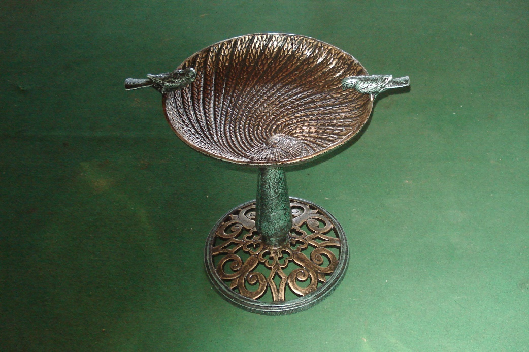 bird bath ornamental